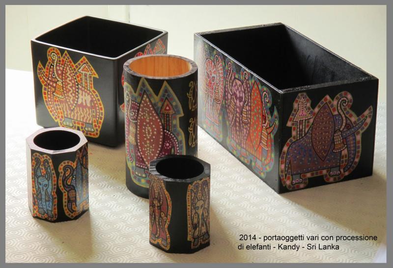 2014 portaoggetti vari in legno KANDY.....not available